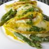Crespelle agli asparagi in crema di patate